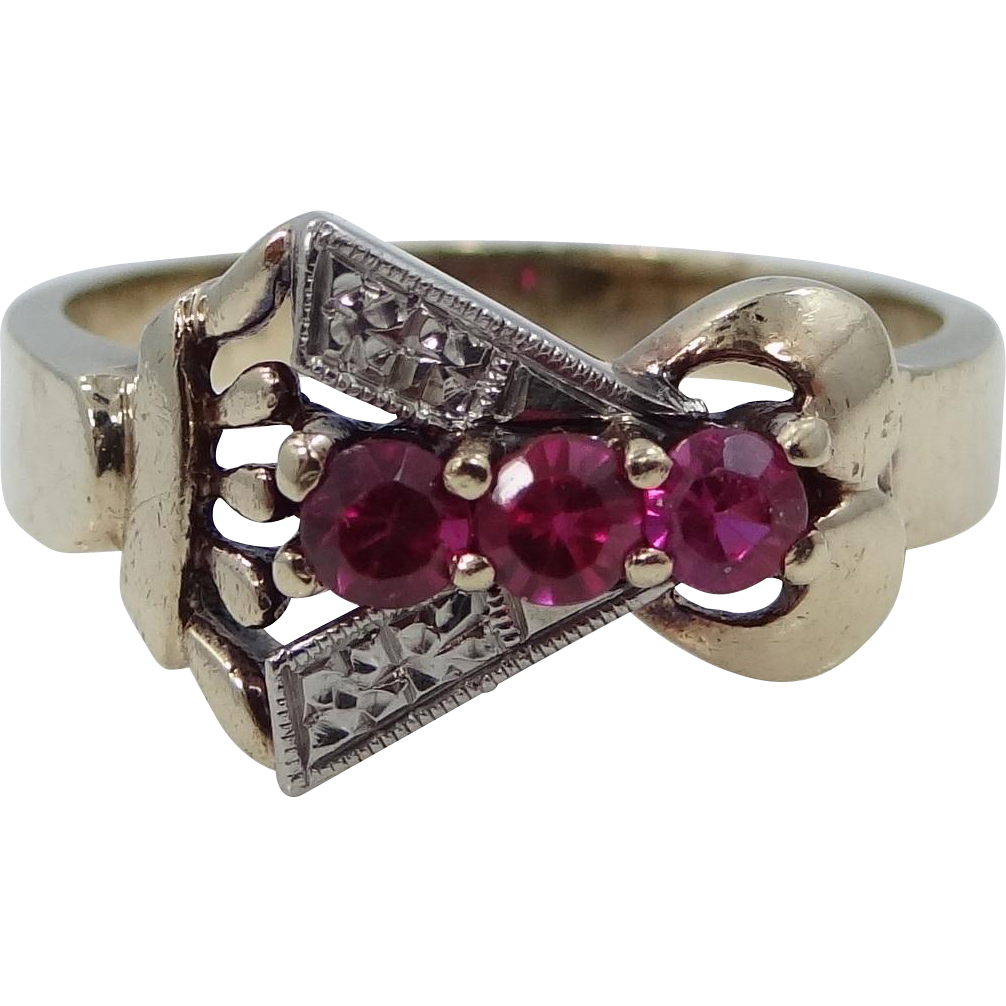 Retro 14k Gold Lady's Ring with Rubies
