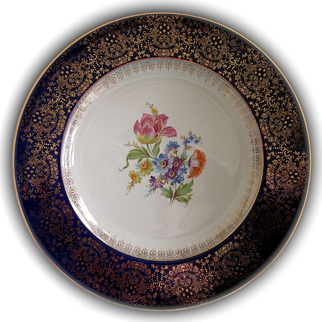 HOMER LAUGHLIN 22K gold-stencilled cake plate floral