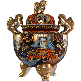 JAPAN Moriage incense burner or censer