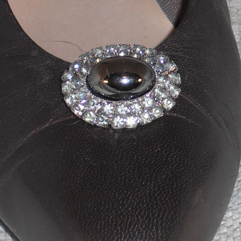 MUSI Shoe Clip – Oval Faux Hematite Surrounded by Black Diamond Rhinestones