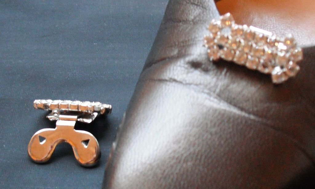 MUSI Austrian Crystal Rhinestones Shoe Clip