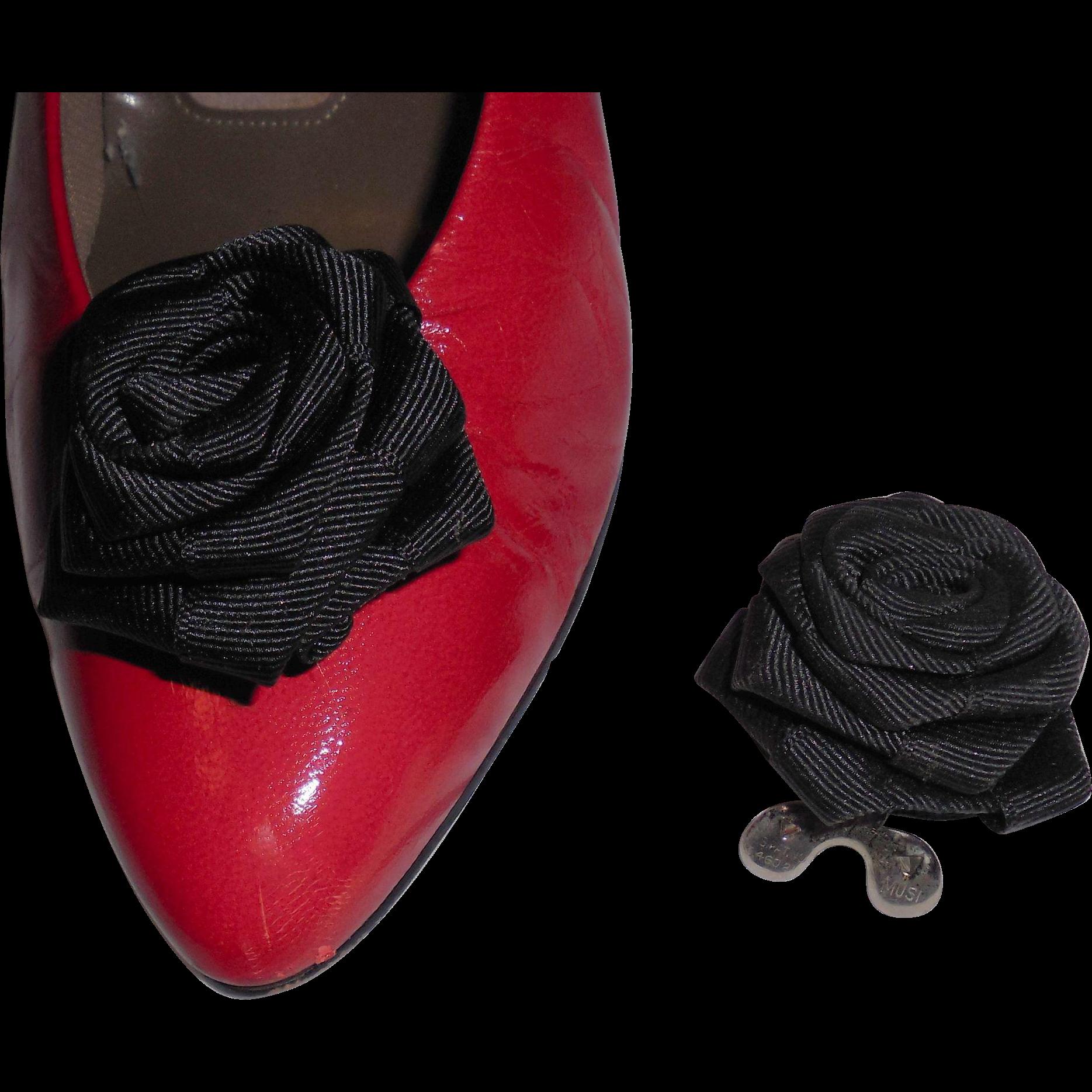 MUSI Shoe Clip – Black Faille Flower
