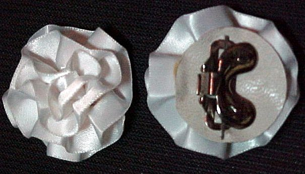 MUSI Shoe Clip - Small White Satin Rosette