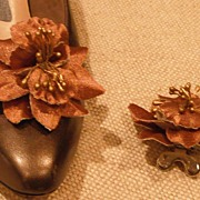 MUSI Shoe Clip – Bronze Satin Flower - Orchid