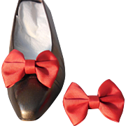 MUSI Red Shoe Fabric Clip