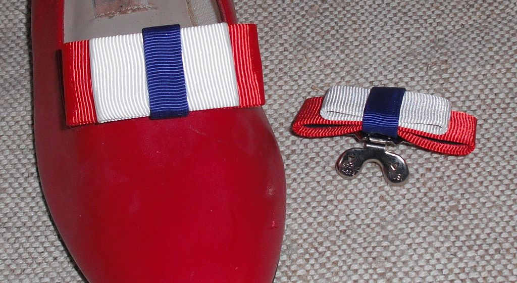 MUSI Shoe Clip – Red/White/Blue Faille for Patriots