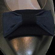 MUSI Navy Faille Shoe Clip