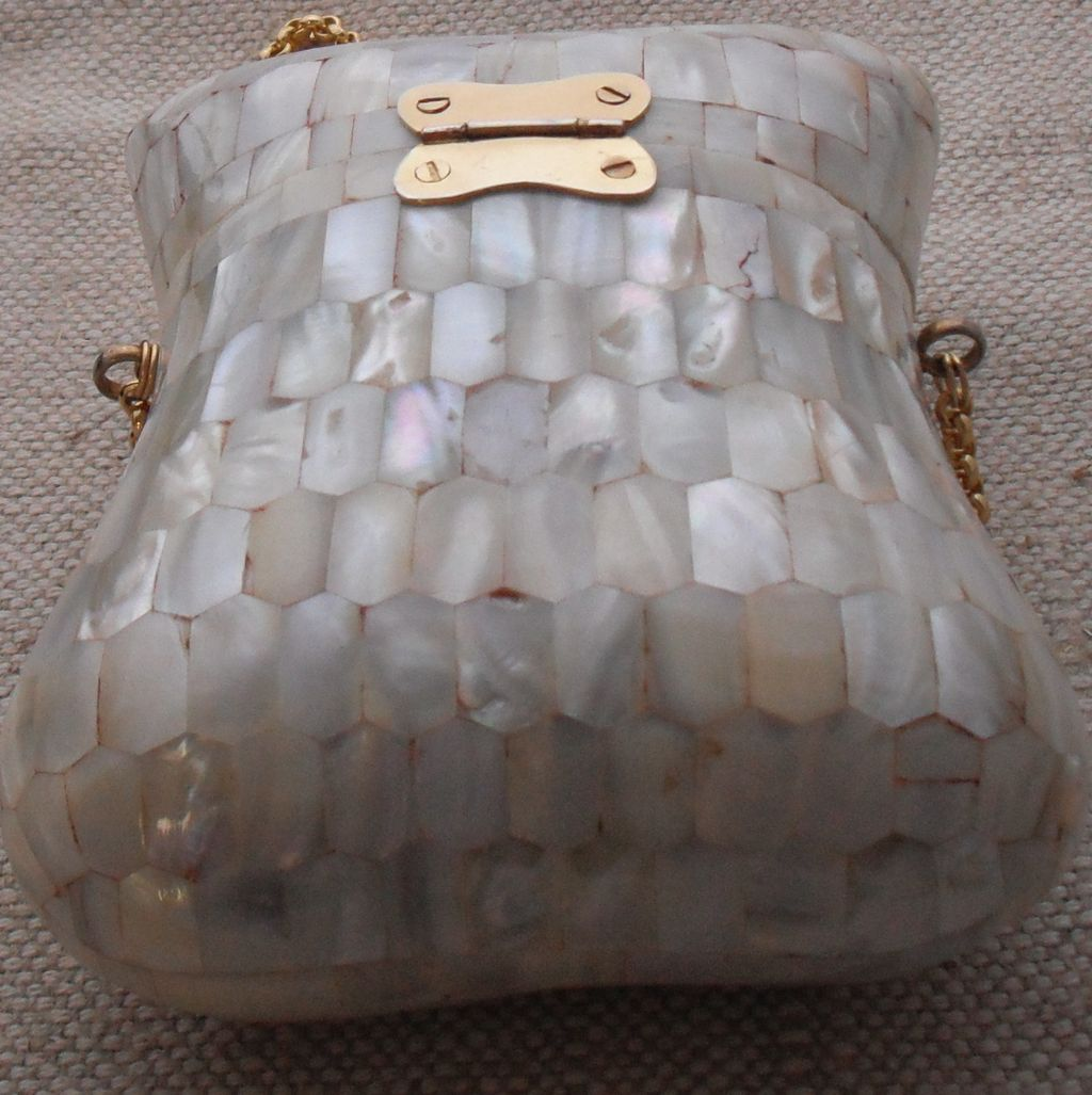 Instyle Decor Com Beverly Hills Beautiful Mother Of Pearl: Vintage Mother Of Pearl Box Bag From Musibows On Ruby Lane