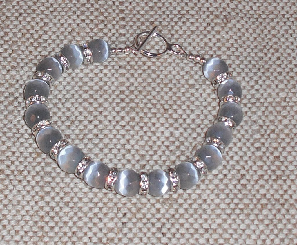"Grey Cat's Eye Bracelet – Extra Large – 8.5"" Can be Shortened"