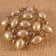 Belt Buckle by MUSI with Faux Pearls