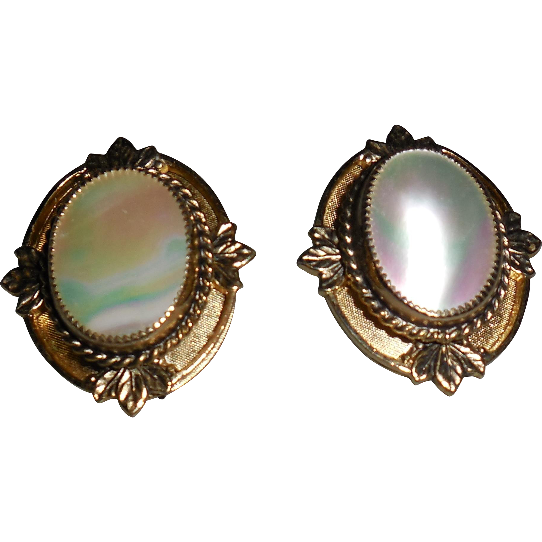 Vintage Whiting and Davis Mother of Pearl Clip Earrings