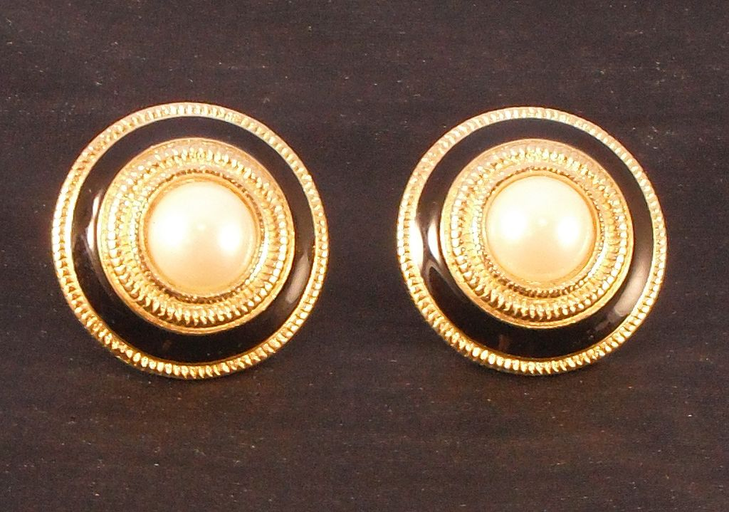 Vintage Richelieu Faux Pearl Clip Earrings