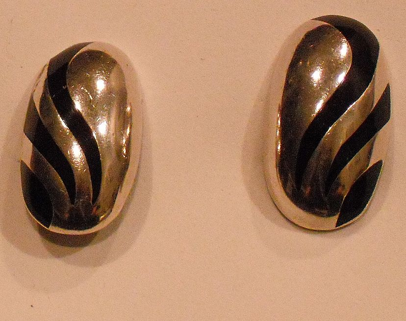 Vintage Oval Sterling Silver Clip Earring with Black Enamel