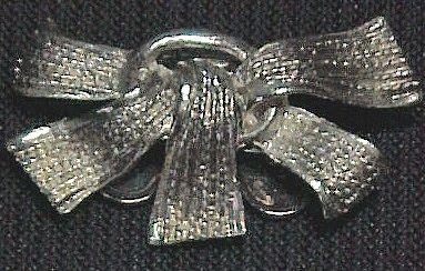 Metal Ribbons Pin by MUSI