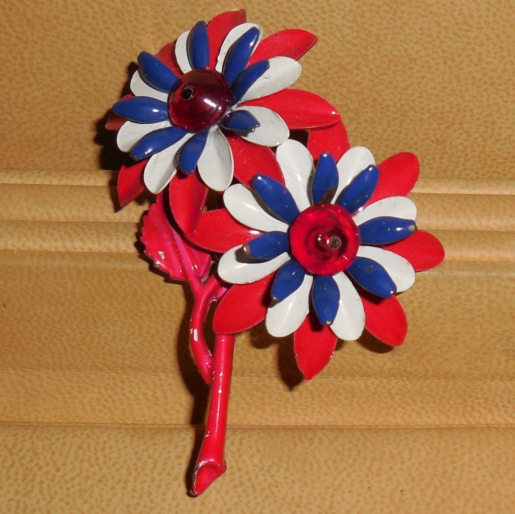 Vintage 60's Red Navy White Metal Enamel Flowers Brooch Pin