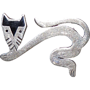 VINTAGE Sterling Silver Black Enamel Modernist Crouching Cat Pin / Brooch TS-79 925 MEXICO