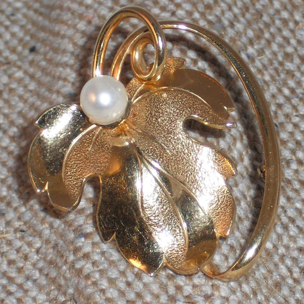 Forstner Gold Filled Vintage Leaf Pin