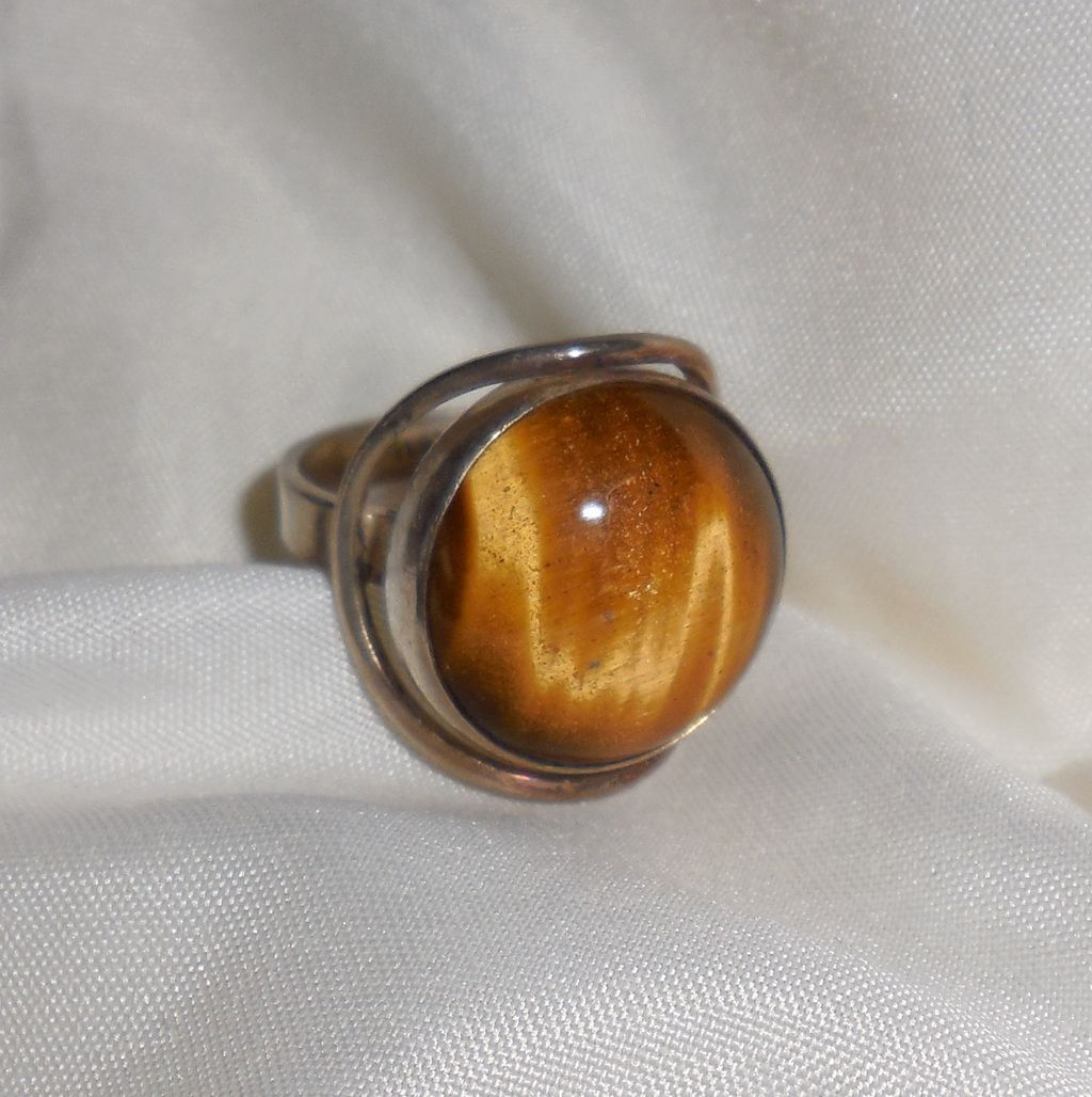 Sterling Ring with Tigers Eye Cabochon - size 7.75