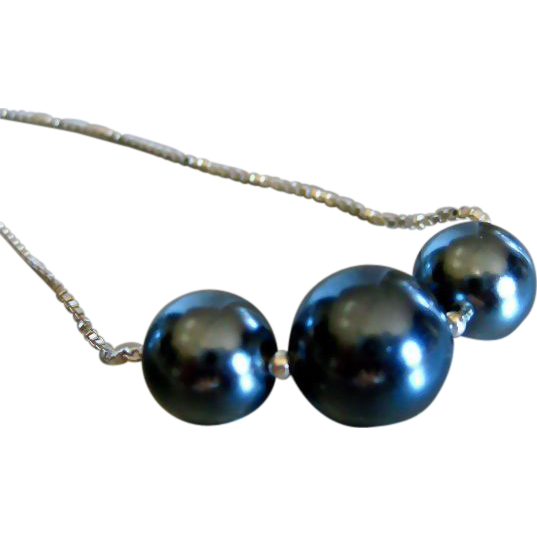 Tahitian Shell Pearl-Sterling Silver-Simply Elegant Necklace