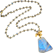 Rainbow Moonstone-18k Gold Vermeil-Floral Motif-21 Inch Blue Flash Pendant Necklace