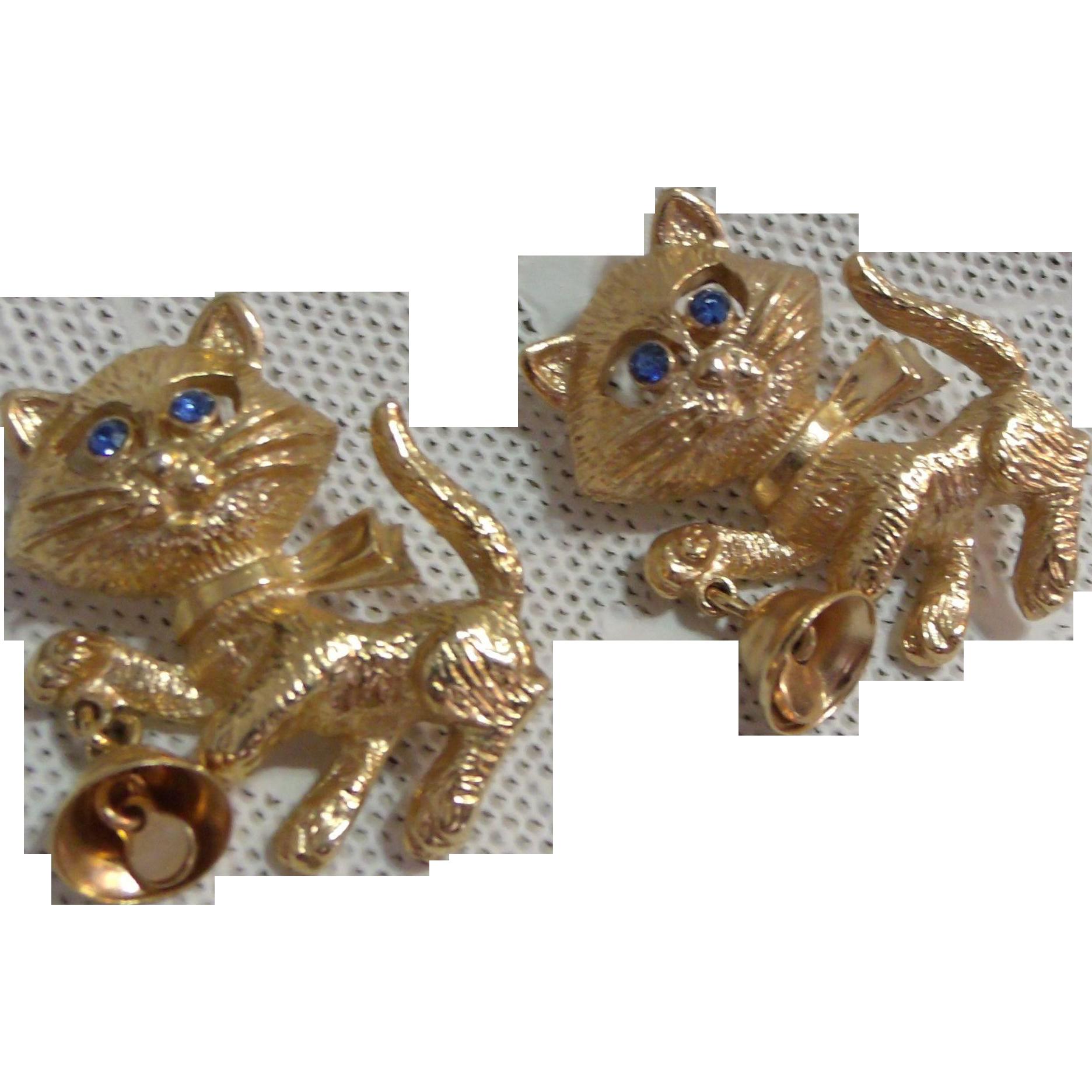 2 Vintage Avon Gold Tone Cat Kitten Holding Bell Blue Rhinestone Eyes Brooch Pin