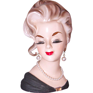 Lovely Inarco Lady Head Vase 1963 E1062 w/ Original Label Head Swept Up, Pearl Necklace & Earrings Eyelashes Forever!