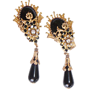 Ornate Goldtone & Black Rhinestone Dangle Show Stopper Earrings Clip - on
