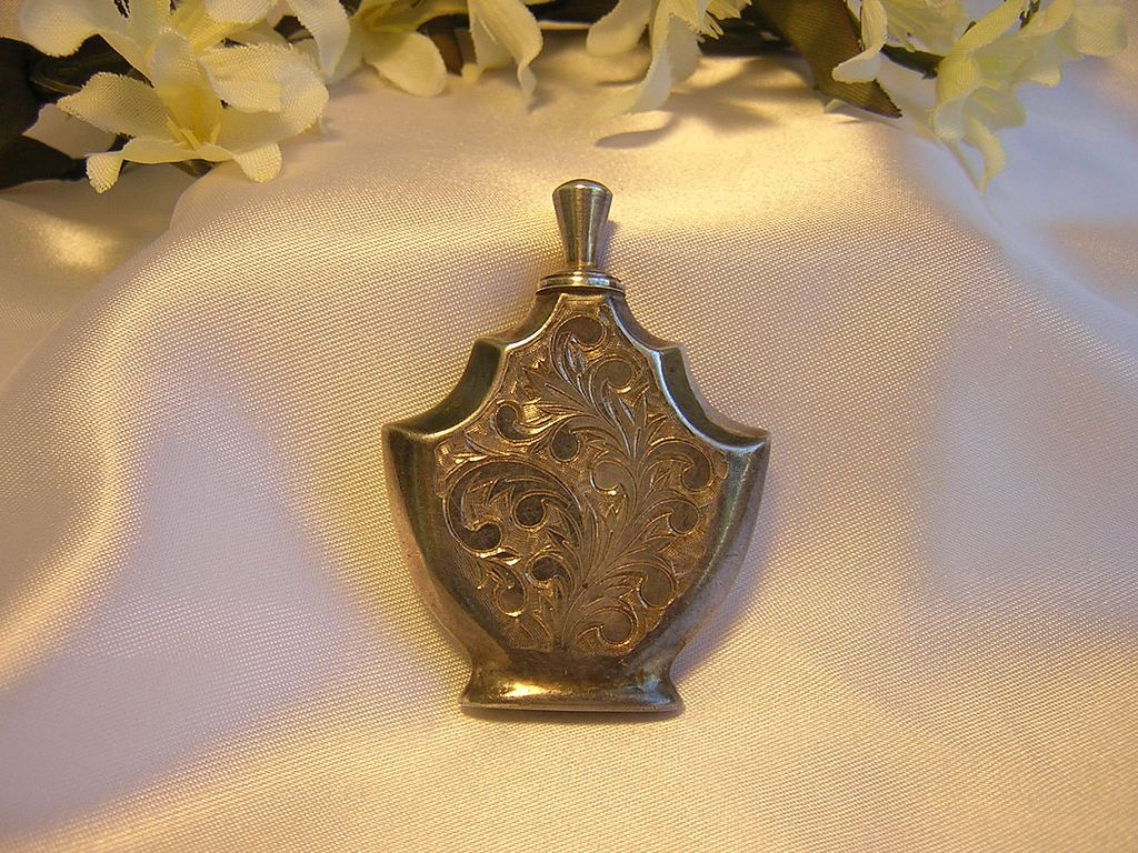 Beautiful Sterling Etched Perfume Bottle w/Applicator
