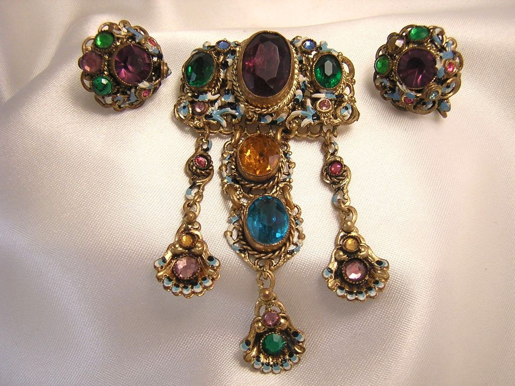 Gorgeous Enameled Czech Brooch & Earrings