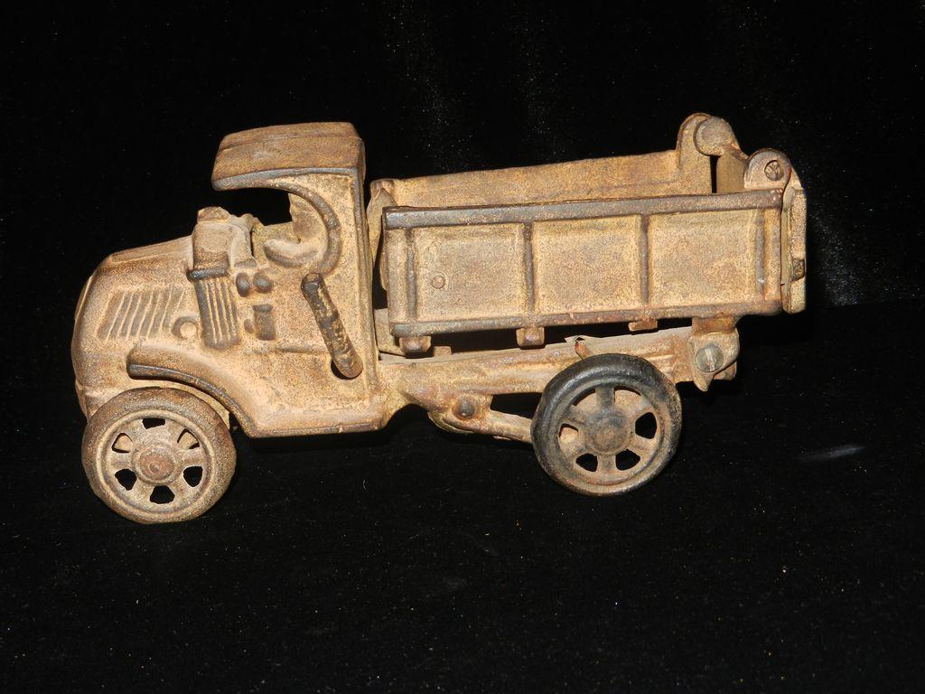 Vintage Cast Iron Dump Truck