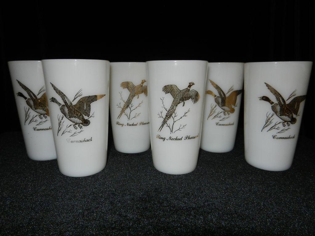 Vintage Federal Milk Glass Game Bird Tumblers