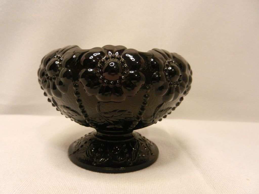 Vintage Fenton Black Amethyst Daisy Footed Rose Bowl