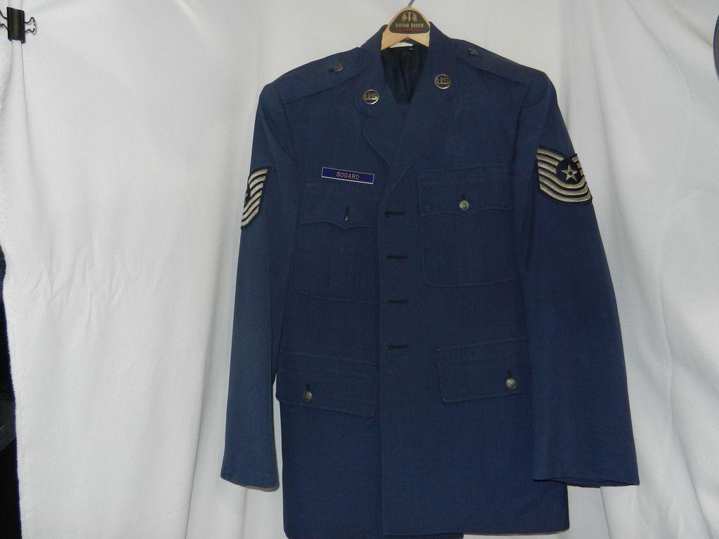 Vintage 1980's Air Force Master Sergeant's Uniform
