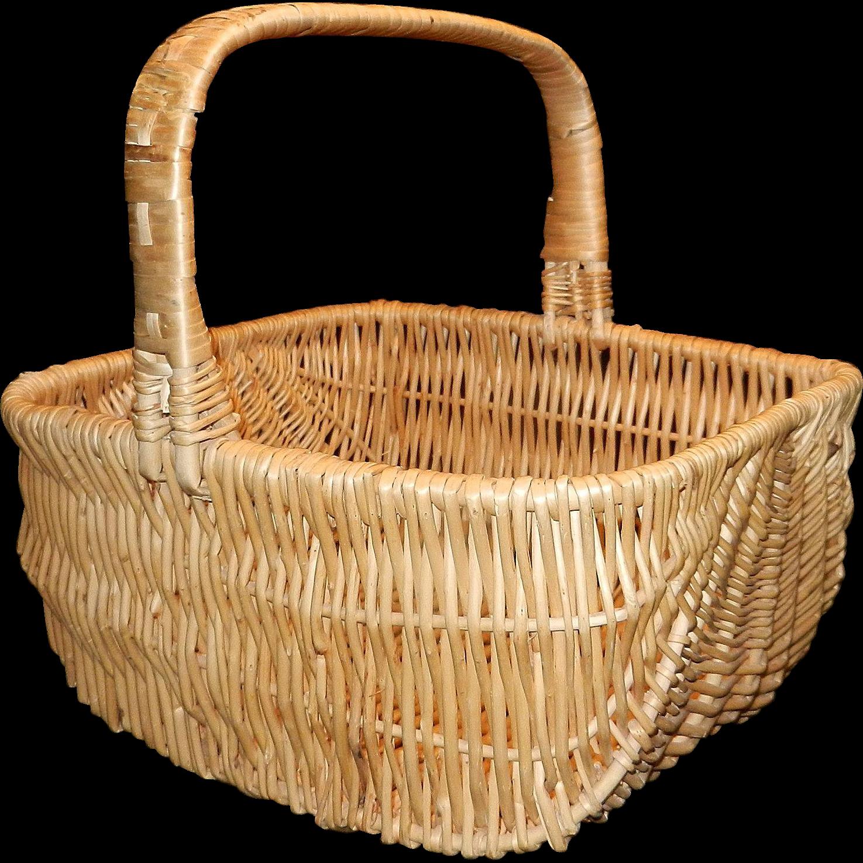 Vintage Woven Basket 121