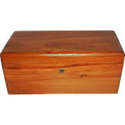 Vintage Lane Miniature Presentation Cedar Chest