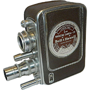 Vintage 1947 Bell and Howell #172 8mm Magazine Movie Camera