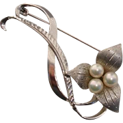 "Lovely Japanese Akoya Cultured Pearls Vintage 2.15"" Sterling Brooch / Pendant"