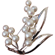 Lovely Japanese Akoya Cultured Pearls & Sterling Vintage Brooch !