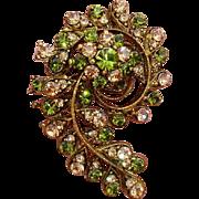 Exquisite Paisley Design Green & Pale Peach Paste Stones Vintage Brooch / Pendant !