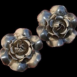 Lovely Sterling Roses Mid-Century Vintage Earrings !
