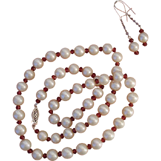 "Beautiful Cultured Pearls & Almandine Garnets 10K White Gold 18"" Necklace & Sterling Earrings Set !"