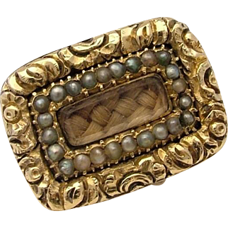 Gorgeous Georgian Seed Pearl & Woven Hair Gold Cased Antique Mourning Brooch Pin