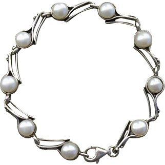 Beautiful Cultured Pearls & Sterling Silver Vintage Bracelet