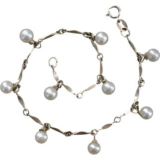 Lovely Cultured Pearls & Sterling Silver Vintage Bracelet - Signed PC
