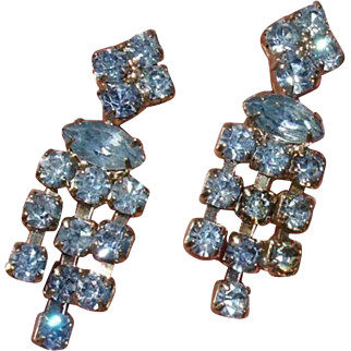 Gorgeous Blue Glass Rhinestones Vintage Earrings