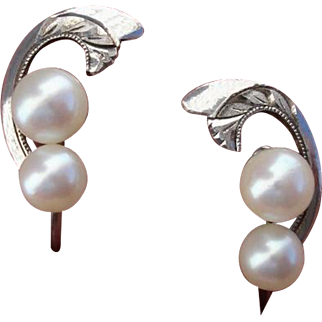 Lovely Akoya Cultured Pearls & Sterling Vintage Earrings !