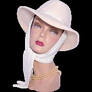 Vintage 1970s Georgi White Wool Felt Fedora Scarf Hat Sold at Kaufmanns Deadstock