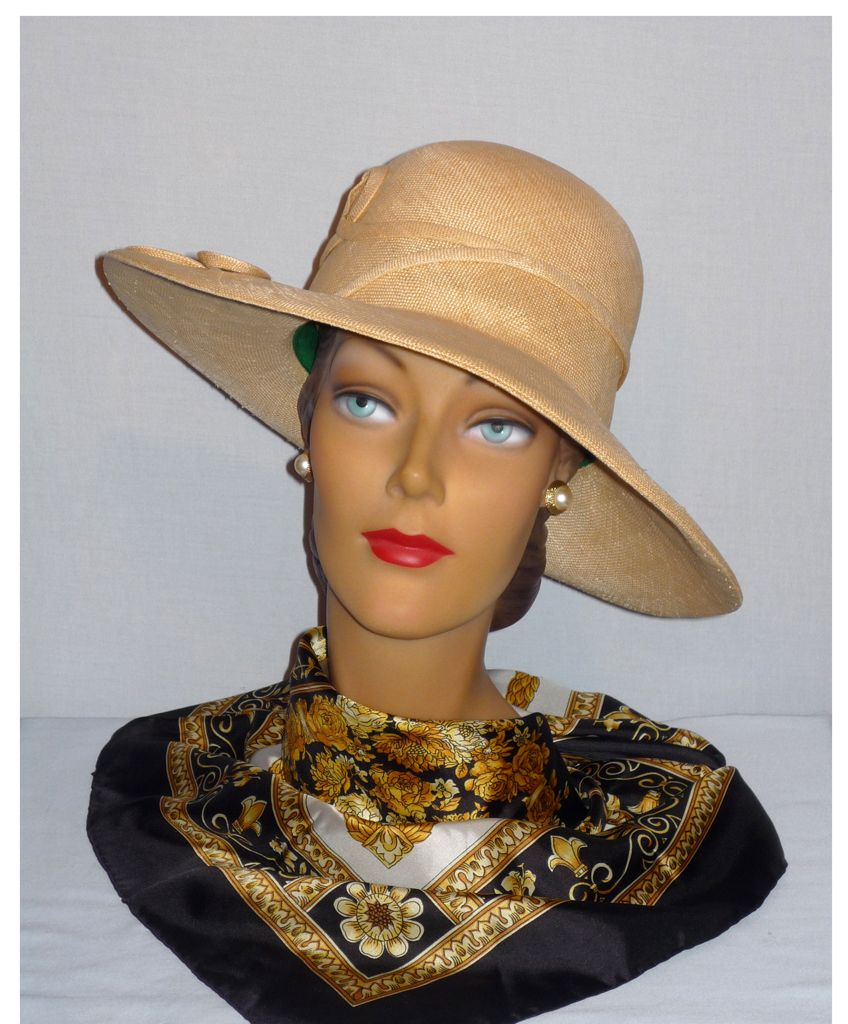 Vintage 1970s  Mr John Jr Natural Straw Brimmed Hat