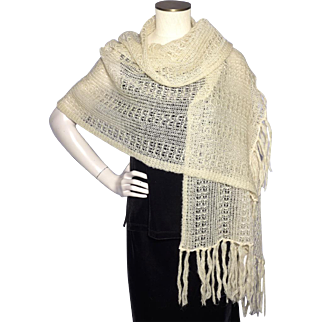 Vintage 1970s Shawl Made in Japan by Eaton Cream Acrylic Yarn