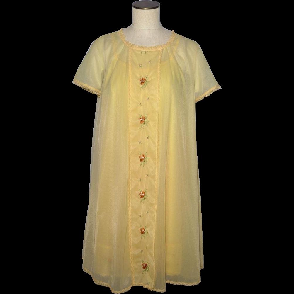 Vintage Vanity Fair Nightgown 40